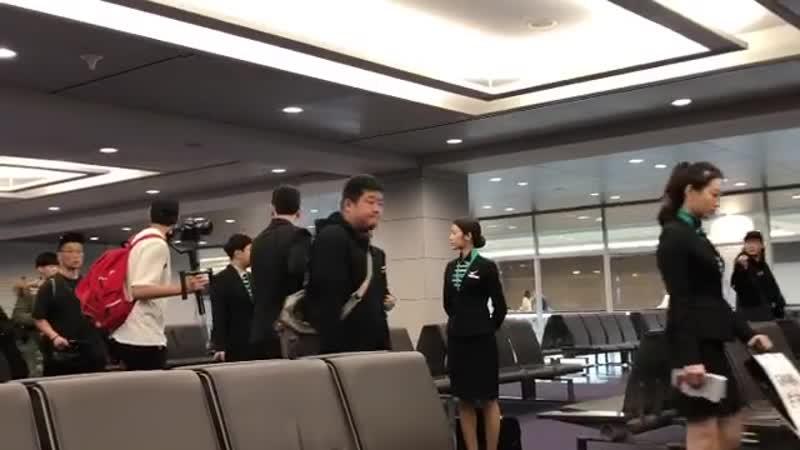 "190119 Yura @ Incheon Airport(Направляется на Филиппины, съёмки шоу ""Let's Take a Flight"" )"