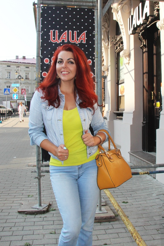 Елена Ракуть |