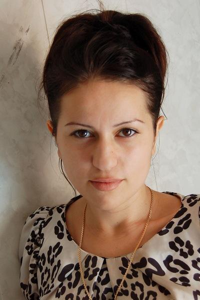 Лейла Хазбулатова, 4 апреля 1982, Избербаш, id212983315