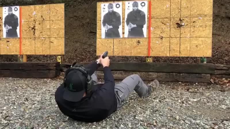 Стрельба из Glock 26 укрытого в кобуре на лодыжке