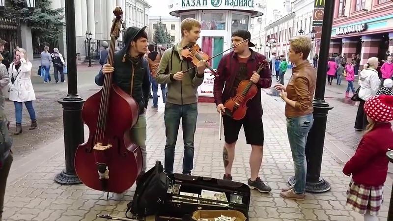 Девушка супер спела песню Такого как Путин