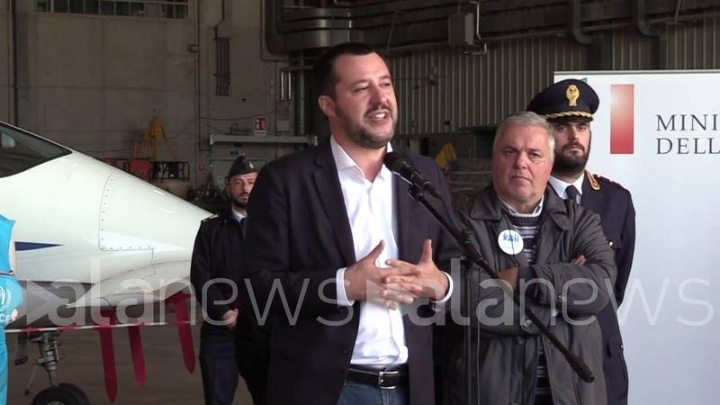 Migranti, Salvini: Corridoi umanitari strada giusta, non barconi