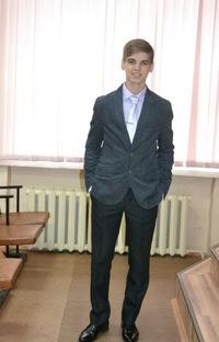 Илья Владимирович, 7 июля 1996, Москва, id224191681