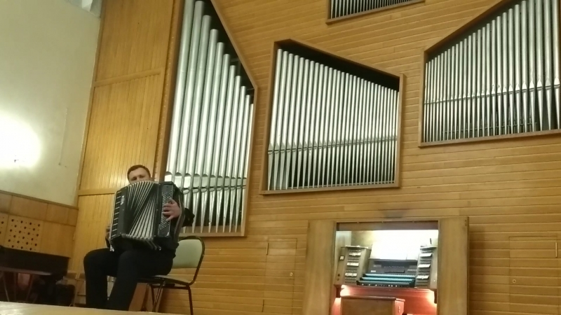 И.С. Бах. Токката и фуга ре минор (BWV 565) на баяне, часть 1. Консерватория им. М.И. Глинки. Новосибирск.