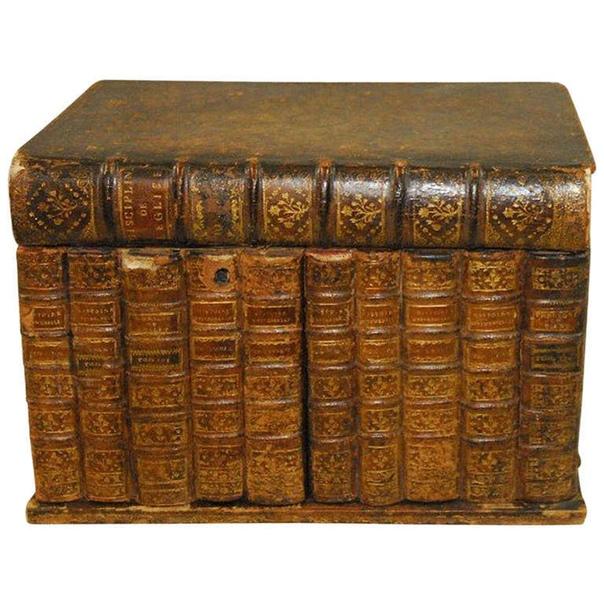 Коробочка с сюрпризом замаскированная под стопку книг. XIXв.Англия