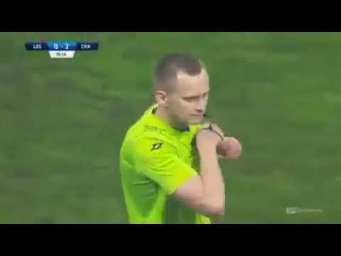 Funny Red Card - William Remy - Có phải Cầu thủ nhọ nhất năm 2019