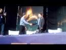 Косплеер Коннора на сцене Bryan Dechart QA session at Comic Con Ukraine день второй