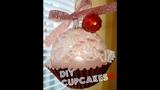 DIY Christmas Cupcake Ornaments!