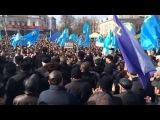 Рефат Чубаров выступает на крымскотатарском митинге. Крым-Украина