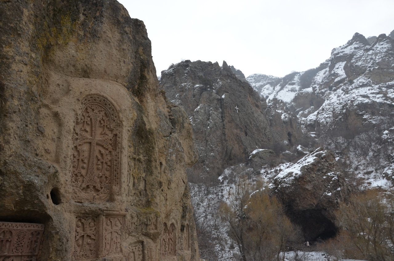 bBr5Zhmy6lA Монастырь Гегард в Армении.