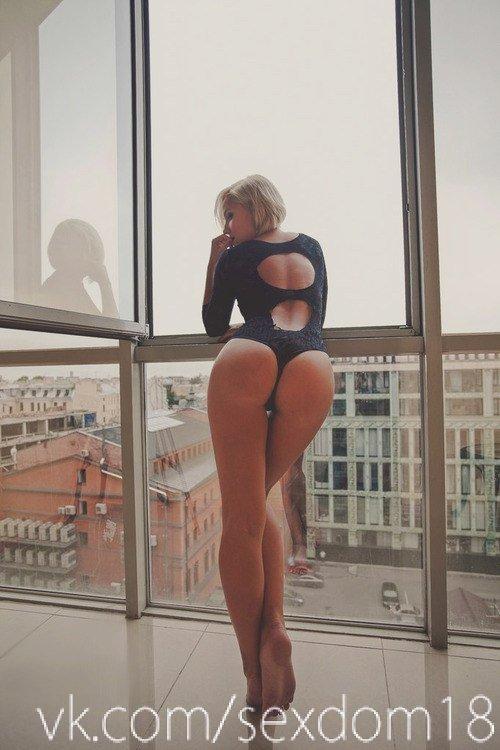 Nude bellydancer video clips