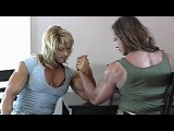 Hot Female bodybuilder arm wrestling