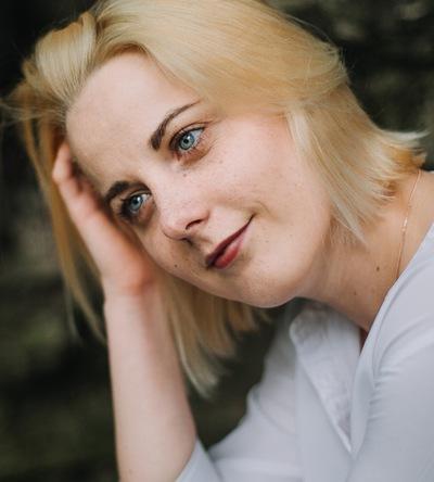 Юлия Конюховская