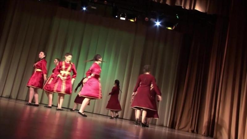 16. Танцевальный коллектив Армат - Сардарапат