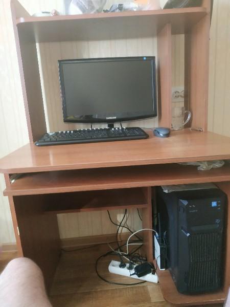 Купить компьютерный стол за 500 | Объявления Орска и Новотроицка №1810