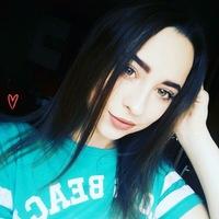 Viktoria Khrystenko фото