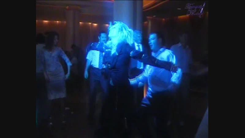 Дискотека 80 - х - «Музыка нас связала!» - Юлия и О.Столярова - «Бирюзовые Колечки» - руководитель Сергей Игнатьев.