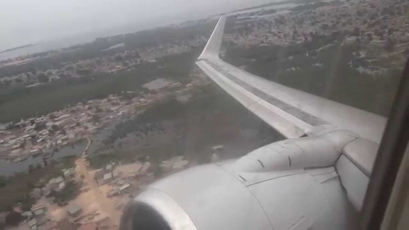 Taag 737-700 goes max power after take off; scary engine roar!! while turning
