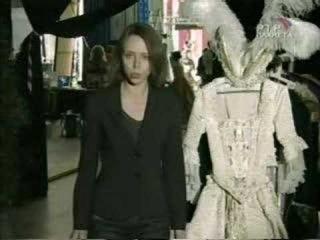 Алла ПУГАЧЁВА - КОРОЛЕВСТВО КРИВЫХ ЗЕРКАЛ (2007)