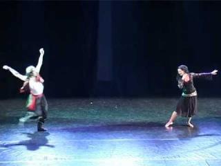 Mohamed El Hosseny & Perla Elias Nemer in a Mahmoud Reda's beautiful duetto in 2010