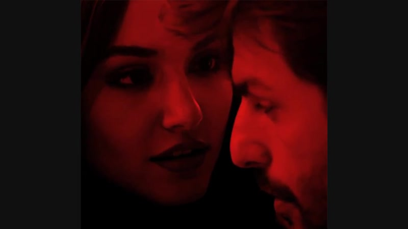 One look and youre mine, keep your eyes on me.. - - müjgir halka
