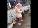 То чувство, когда бабушка танцует лучше тебя...