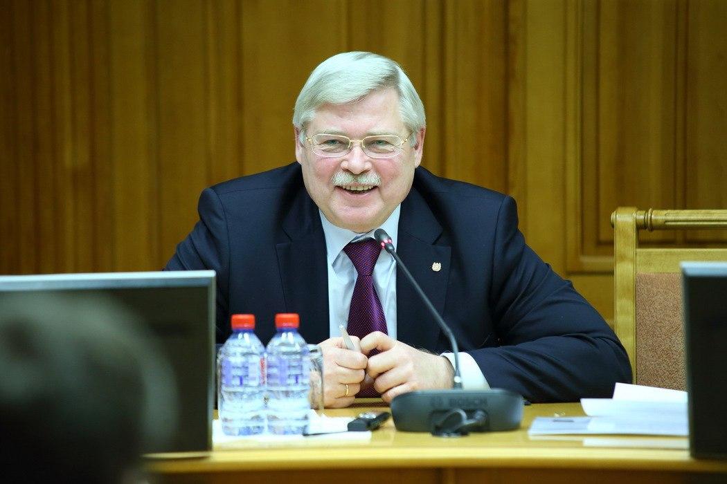Губернатор Сергей Жвачкин представил журналистам проект реконструкции набережной реки Ушайки