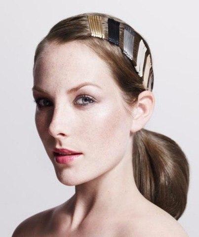 Так просто: 10 эффектных причёсок с заколками-невидимками