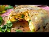 Рецепт блинного пирога с лососем и творогом