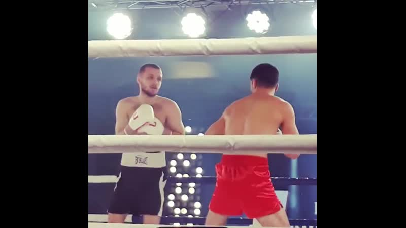 Первый бой. Сегодня в Анапе - шоу профессионального бокса «GLADIATOR»
