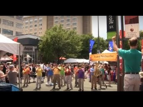 God Bless America Flash Mob with The Denver Brass