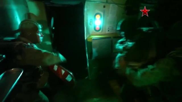 Русский ночной десант / Russian night landing