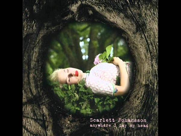Scarlett Johansson - Green Grass