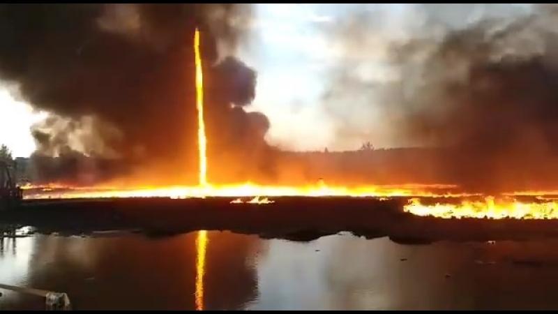 15-метровое огненное торнадо в Дербишире
