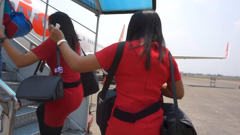 PRAMUGARI CANTIK LION AIR GROUP | Boeing 737-9GP (ER) JAKARTA - BATAM