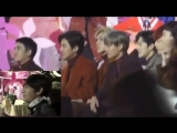 EXO reaction when BTS Taehyung appeared onscreen @ MMA 2016