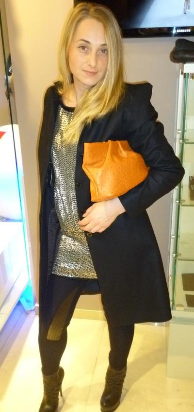 Viktoria Vadimovna, 14 октября , Москва, id165738369