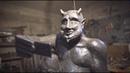 Добродушный Люцифер статуя весёлого дьявола со смартфоном возмутила испанцев