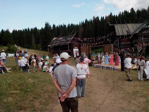 """Как мы побывали на фестивале """"Красная горка"""" на Арском поле"""