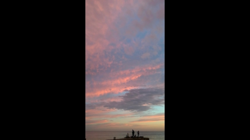 Бесподобные краски неба над морем после заката -1.1-18