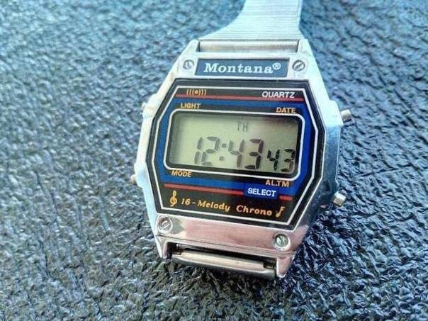 Легендарные часы с шестнадцатью мелодиями.