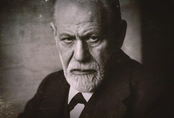 25 лаконичных цитат Зигмунда Фрейда, которые многое расскажут о нас самих Самые лаконичные и захватывающие цитаты Зигмунда Фрейда, которые много могут сказать о самих нас!Австрийский психолог,