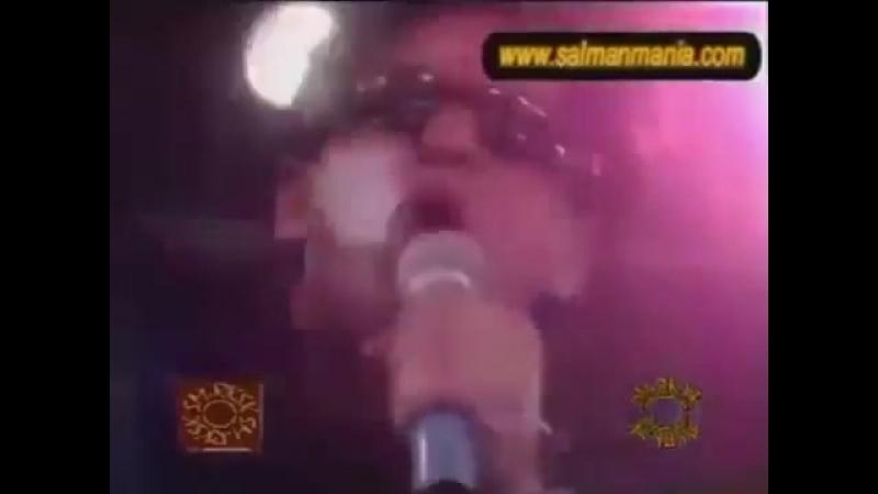 [v-s.mobi]Shahrukh Khan singing - Шахрукх Кхан поет своим голосом.mp4