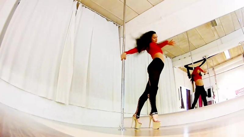 Masha Lu Exotic pole dance