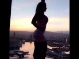 Victoria Lomba сочная фитнес бодибилдинг модель и ее большие сиськи и большая огромная жопа, секс фитоняшка спортсменка не порно