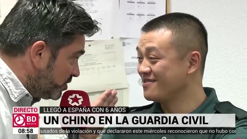 Agente Li un chino único en la Guardia Civil Por Jose Antonio Masegosa