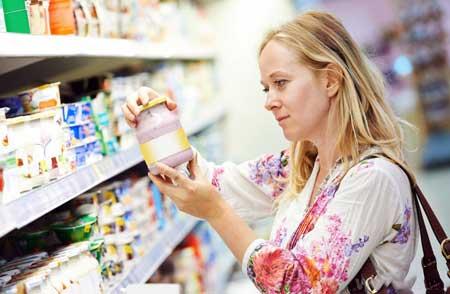 Клиенты на безглютеновой диете должны внимательно прочитать этикетки, чтобы убедиться, что продукты, которые они покупают, не содержат глютен