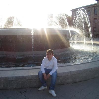 Enis Yakub, 15 октября 1997, Киев, id210301730