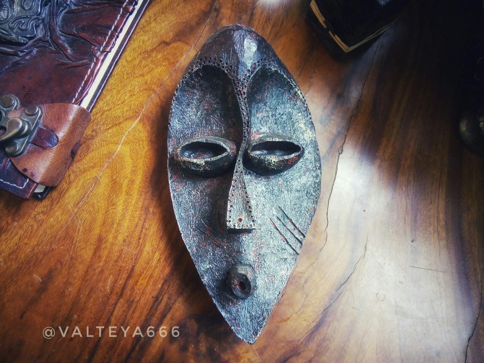 защитапомещения - Настенные маски с магическими программами.  WZdcoEL1PiU