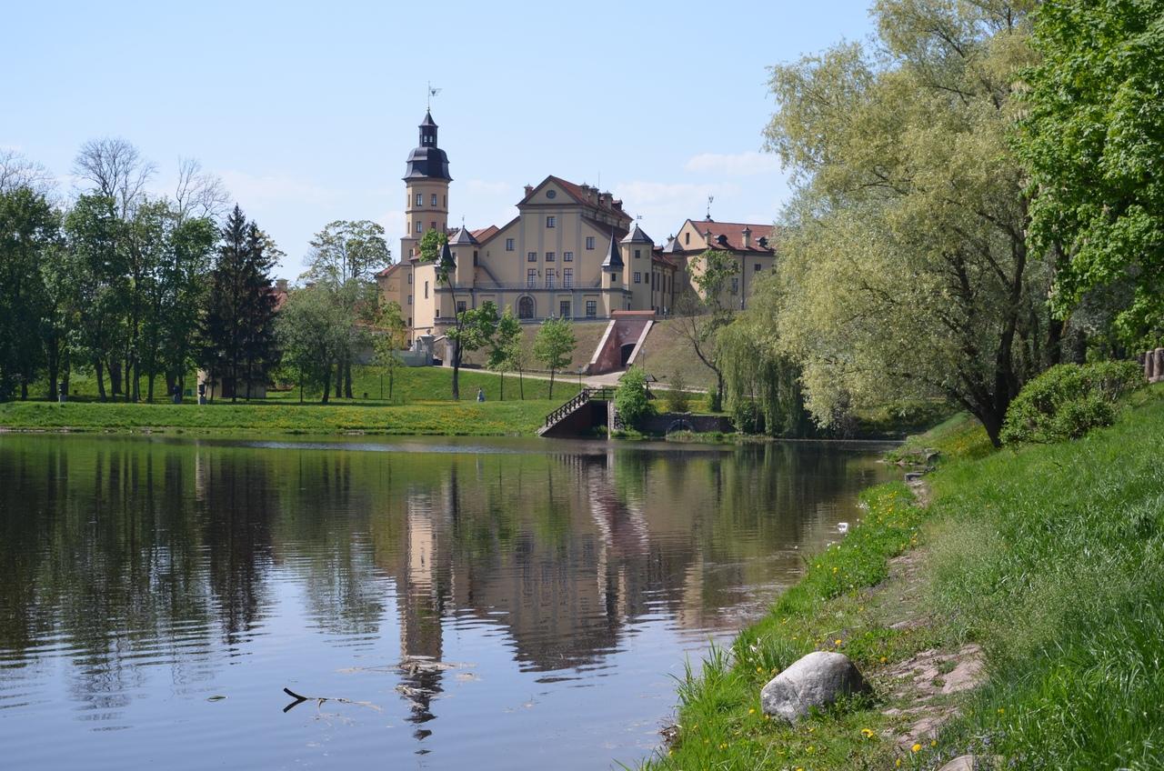A-m5Rzuwg4A Несвиж. Замок в Беларуси.
